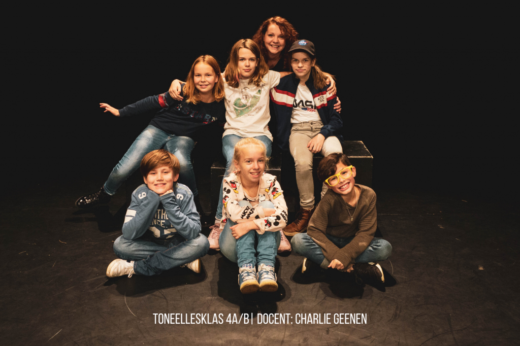 toneellesklas 4